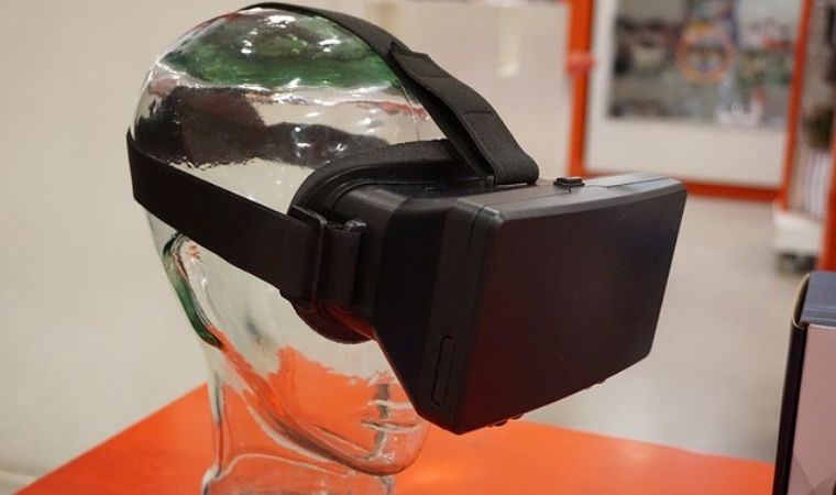 5 Virtual Reality Based Business Ideas That You Can Start Today