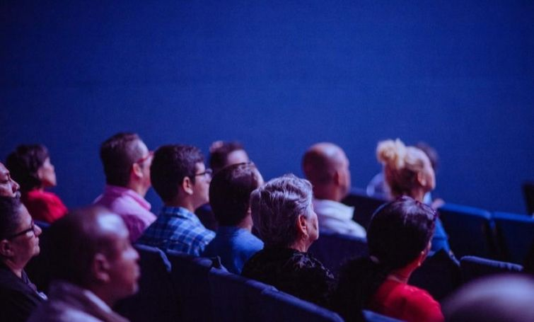 How to Choose the Ideal Speaker for Your Event